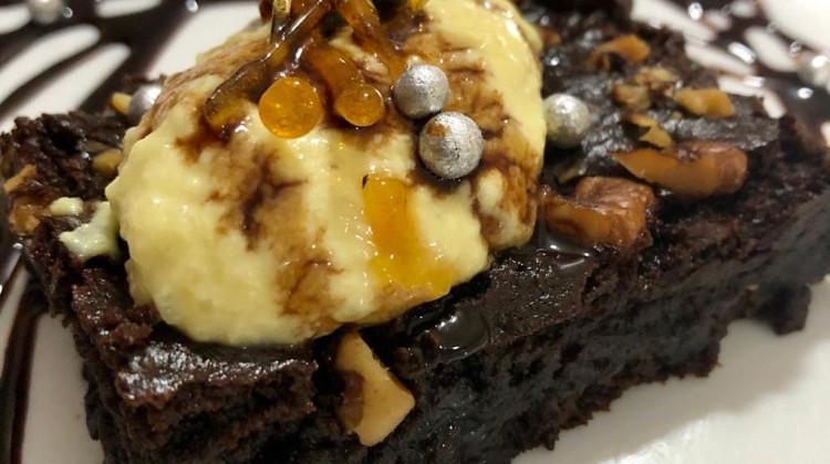 Gluten free Masoor dal brownie with masoor dal icecream